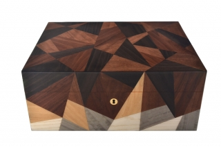 Humidor Gentili Inlay Brown Triangels na 75 cigár